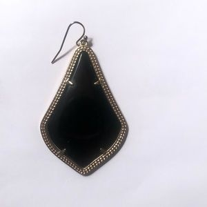 Kendra Scott- Alex drop earring in black